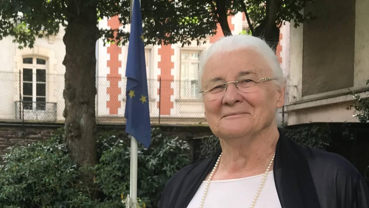 052c8f617a9081a1676eadcfe0b97fdf Europe Jeanne Francoise Hutin Pensons Ce Qui Est Bien Pour Tous 0
